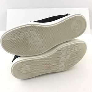 Under Armour Shoes - Under Armour Size 6.5 Sneakers Modern Court Mid